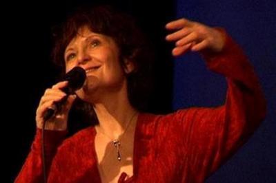 Claude Liberman Chante Dona Dona à Paris 4ème