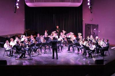 Concert De Musique Sous Les Halles Du 14e Siècle à Clisson