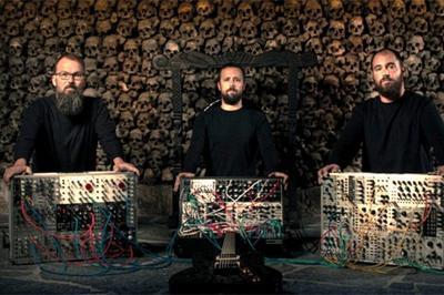 Concert De Strom morts - Musique Drone à Brainans