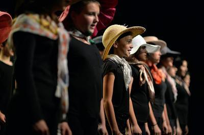 Concert Des Classes Artistiques à Horaires Aménagés De L'ecole Primaire Des Romarins à Beziers