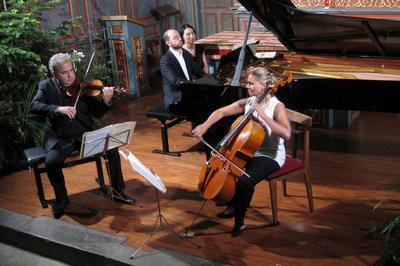 Concert du Trio Elégiaque à Halsou