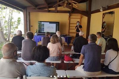 Conférence Sur Le Thème Du Patrimoine Historique Des Terres Australes Et Antarctiques Françaises à Saint Pierre