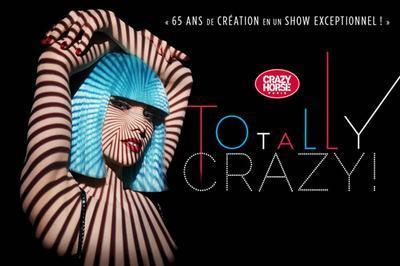 Crazy Horse & Bateaux-Mouches à Paris 8ème