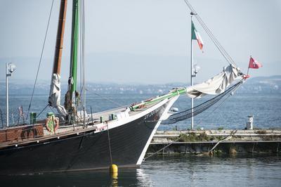 Croisières à Bord De La Barque La Savoie à Evian les Bains