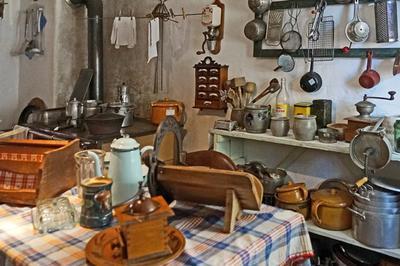 Cuisine et arts de la table autrefois à Basse Goulaine