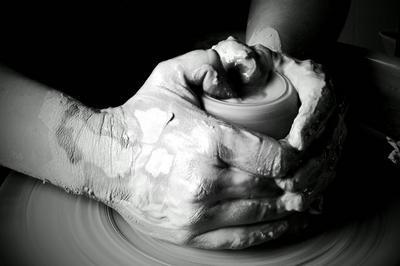 Démonstration De Tournage De Céramique Au Musée Dupuy-mestreau à Saintes
