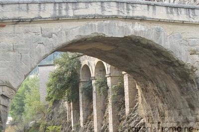 D'une Rive à L'autre à Vaison la Romaine