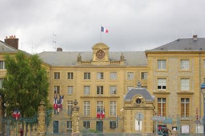 Découverte D'une Préfecture à Charleville Mezieres