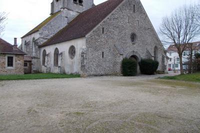 Découverte De 3000 Ans D'histoire à Travers Le Patrimoine De L'église à Pantin