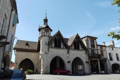 Découverte De Bastide De Castillonnès (en) à Castillonnes
