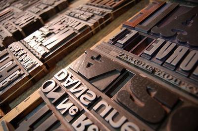 Découverte De L'atelier De Typographie Traditionnelle Et De Gravure Affiche Moilkan à Baume les Dames