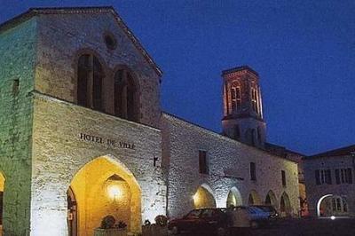 Découverte De L'église Saint-pierre à Castillonnes