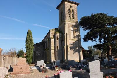 Découverte De L'église Saint-pierre à Bourran