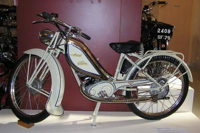 Découverte De La Collection De Motocyclettes Monet & Goyon à Melle