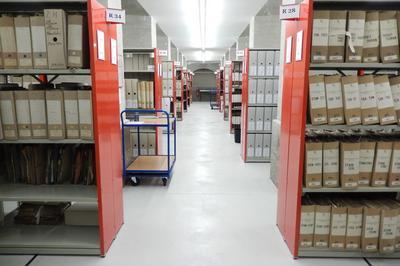 Découverte Des Magasins D'archives à Metz