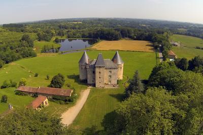 Découverte Du Château De Brie à Champagnac la Riviere