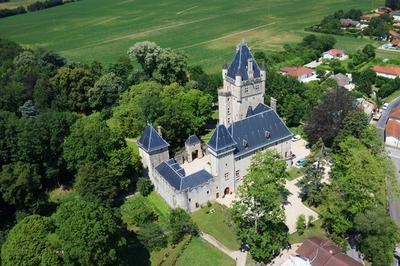 Découverte Du Château De Chazey-sur-ain. à Chazey sur Ain