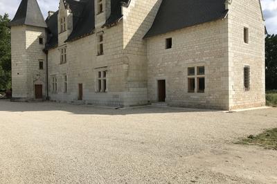 Découverte Du Manoir De Chandoiseau à Les Trois Moutiers