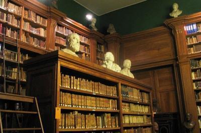 Découverte Du Palais Saint-jean Et De L'académie Des Sciences, Belles-lettres Et Arts De Lyon.