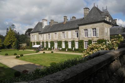 Découverte Du Parc Du Château De Lesquiffiou à Pleyber Christ