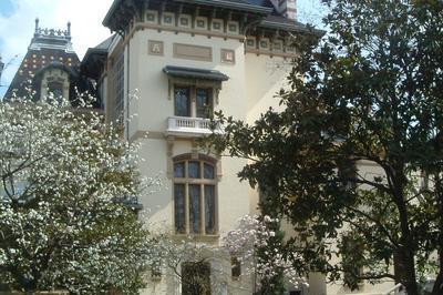 Découvrez L'histoire Des Frères Lumière, Inventeurs Indutriels Et Artistes à Lyon