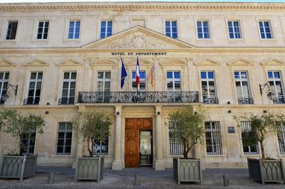 Découvrez L'hôtel Du Département à Avignon