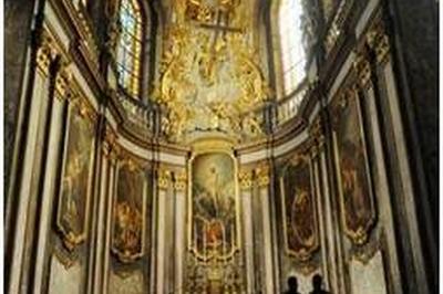 Découvrez La Cathédrale Saint-jean ! à Besancon