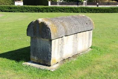 Découvrez Le Musée Des Sarcophages à Saint Parres aux Tertres