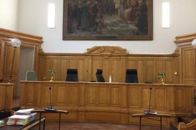 Découvrez Saintes, Cour De Justice Depuis Le Xvie Siècle !