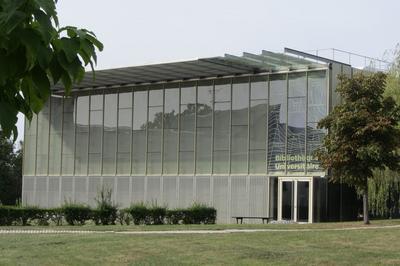 Découvrir Une Bibliothèque De Demain à Versailles