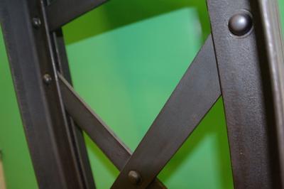 Démonstration De Fabrication De Charpente Métallique De Type  Eiffel à Troyes