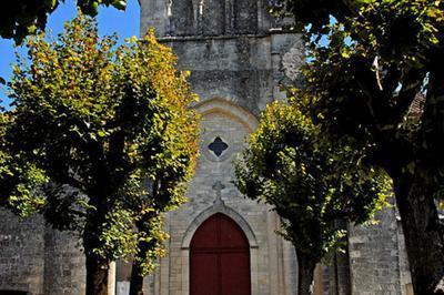 Entrez Dans Cette église Et Découvrez Le Chemin De Croix à Neuf ! à Matha