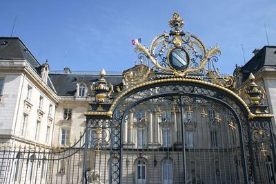 Exposition De L'abbaye Notre-dame-aux-nonnains à La Préfecture De L'aube à Troyes