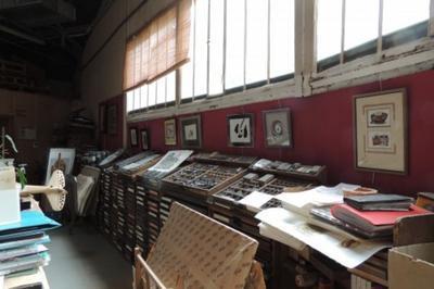 Exposition Des Stagiaires De L'atelier D'encadrement Et De Cartonnage D'art Et D'abat-jour à Issy les Moulineaux