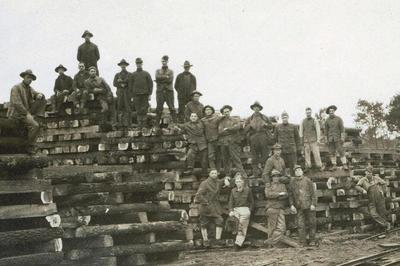 Exposition Il Y A 100 Ans... Des Forestiers Américains Dans Les Landes à Mont de Marsan