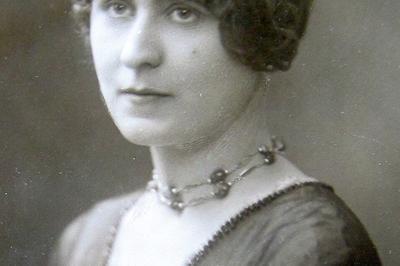 Exposition Marie-louise Dromart, Infirmière Et Poétesse à Charleville Mezieres