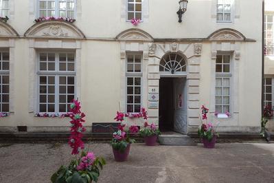 Exposition  Notre Basilique De Chaumont