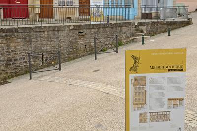 Exposition Renaissance Dans La Ville à Langres