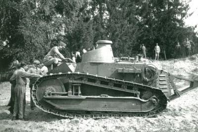 Exposition Renault 1914-1918 à Boulogne Billancourt