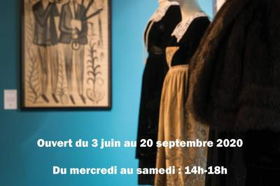 Exposition vêtements traditionnels du Poher à Carhaix Plouguer