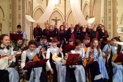 Orchestre Russe et Ensembles Vocaux à Cherves Richemont