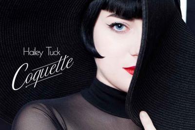 Hailey Tuck à Paris 15ème