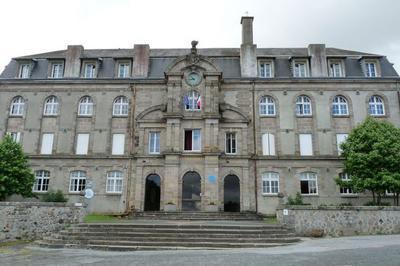 Histoire De Bahuts : Visite Libre Du Lycée à La Souterraine