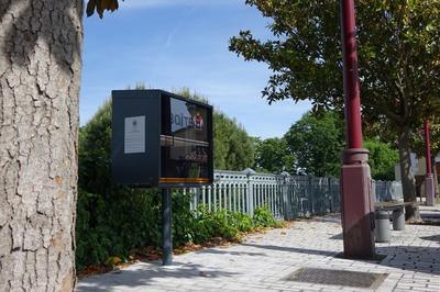 Histoires D'eau Sur La Place Abbé Pierre à Irigny
