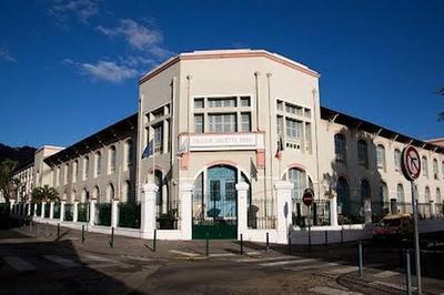 Hommage À Marguerite Jauzelon Au Collège Juliette Dodu à Saint Denis