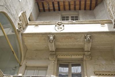 Hôtel De L'académie à Nimes