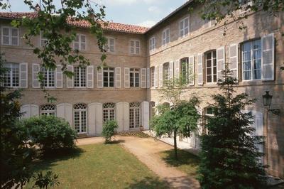 Hôtel De Salgues (sous-préfecture) à Figeac
