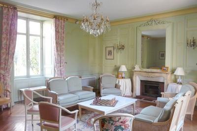 Hôtel Particulier Cesbron Laroche 18° Siècle à Cholet