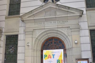 Il Y A Une Église Place D'austerlitz ? Qu'y-a-t-il Derrière Ces Portes ? à Strasbourg