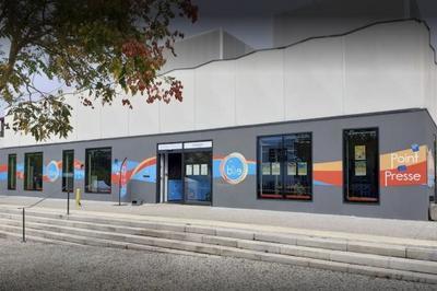 Inauguration De L'exposition Histoire De La Bulle Et Rencontre Avec Les Habitants Du Quartier à Annemasse
